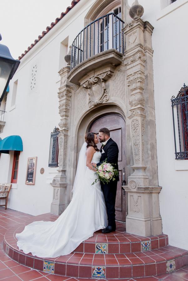 Muckenthaler Mansion Fullerton Cultural Center Wedding Photographer